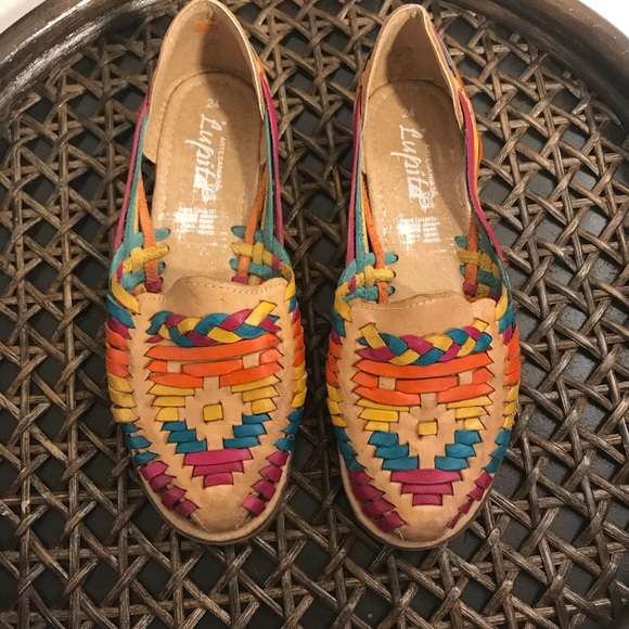 7a31282a9affd Colorful Artisanal Mexican Leather Huaraches